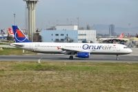 Photo: Onur Air, Airbus A321, TC-OBR