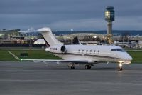 Photo: NetJets, Canadair Challenger, N772QS