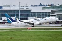 Photo: WestJet, Boeing 737-800, C-FYPB