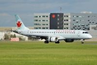 Photo: Air Canada, Embraer EMB-190, C-FGLX