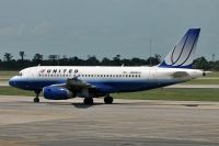 Photo: United Airlines, Airbus A319, N805UA