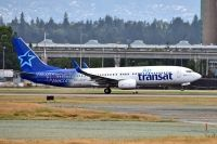 Photo: Air Transat, Boeing 737-800, C-FYQN