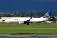 Photo: United Airlines, Boeing 737-800, N54241