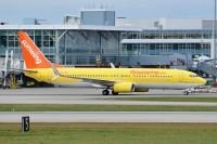 Photo: Sunwing Vacations, Boeing 737-800, C-GUUL