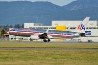 Photo: American Airlines, Boeing 737-800, N912NN