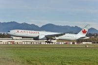 Photo: Air Canada, Boeing 777-300, C-FJZS