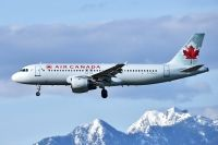 Photo: Air Canada, Airbus A320, C-FDCA