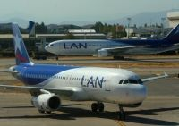 Photo: LAN Chile, Airbus A320, CC-COC