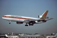 Photo: Continental Airlines, McDonnell Douglas DC-10-30, N390EA