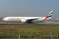 Photo: Emirates, Boeing 777-300, A6-EMV