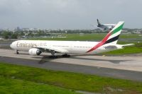 Photo: Emirates, Boeing 777-300, A6-EMU