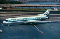 Photo: Republic Airlines, Boeing 727-200, N721RW