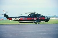 Photo: Trump, Sikorsky S-61, N223RA