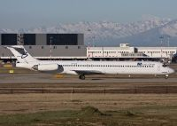 Photo: Blue Line, McDonnell Douglas MD-80, G-FLTK