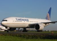 Photo: Continental Airlines, Boeing 777-200, N79011