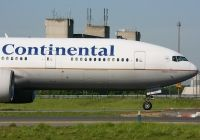 Photo: Continental Airlines, Boeing 777-200, N78001