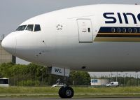 Photo: Singapore Airlines, Boeing 777-300, 9V-SWL