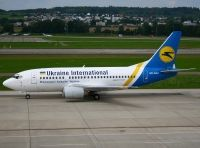 Photo: Ukraine International Airlines, Boeing 737-500, UR-GAU
