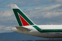 Photo: Alitalia, Boeing 777-200, I-DISU