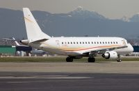 Photo: Shell Aviation, Embraer EMB-170, C-GSCL
