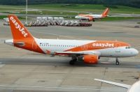 Photo: EasyJet Airline, Airbus A319, G-EZBW