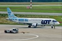 Photo: LOT - Polish Airlines / Polskie Linie Lotnicze, Embraer EMB-175