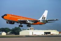Photo: Braniff International Airways, Boeing 707-100, N106BN