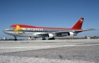 Photo: Northwest Airlines, Boeing 747-200, N625US