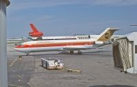 Photo: Continental Airlines, Boeing 727-200, N69741