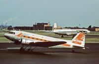 Photo: Capital Airlines, Douglas DC-3, N25689