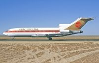 Photo: Continental Airlines, Boeing 727-100, N40484