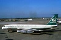 Photo: Pakistan International Airlines - PIA, Boeing 720, AP-AMG