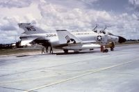 Photo: United States Navy, McDonnell Douglas F-4 Phantom, 153064