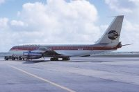 Photo: Continental Airlines, Boeing 720, N57204