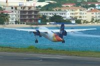 Photo: LIAT, De Havilland Canada DHC-8 Dash8 Series 300, V2-LEB