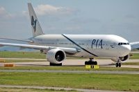 Photo: Pakistan International Airlines - PIA, Boeing 777-200, AP-BGL