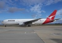 Photo: Qantas, Boeing 767-300, VH-ZXG