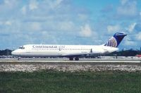 Photo: Continental Airlines, Douglas DC-9-30, N33506