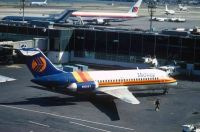 Photo: Midway Airlines, Douglas DC-9-10, N1065T