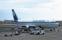 Photo: Air New Zealand, Boeing 737-200, ZK-NAR