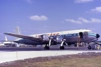 Photo: Standard Airways, Douglas DC-7, N51244