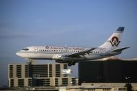 Photo: America West Airlines, Boeing 737-200, N136AW