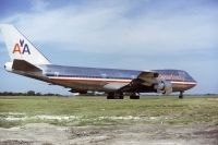 Photo: American Airlines, Boeing 747-100, N9668