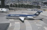 Photo: Midwest Express Airlines, Douglas DC-9-30, N202ME