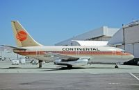 Photo: Continental Airlines, Boeing 737-100, N403PE