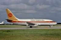 Photo: Continental Airlines, Boeing 737-200, N14239