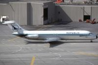 Photo: Republic Airlines, Douglas DC-9-30, N967N