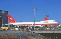 Photo: Qantas, Boeing 747-200, PH-MCF
