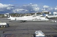 Photo: Alaska Airlines, McDonnell Douglas MD-80, N957AS