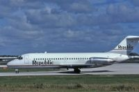 Photo: Republic Airlines, Douglas DC-9-10, N8914E